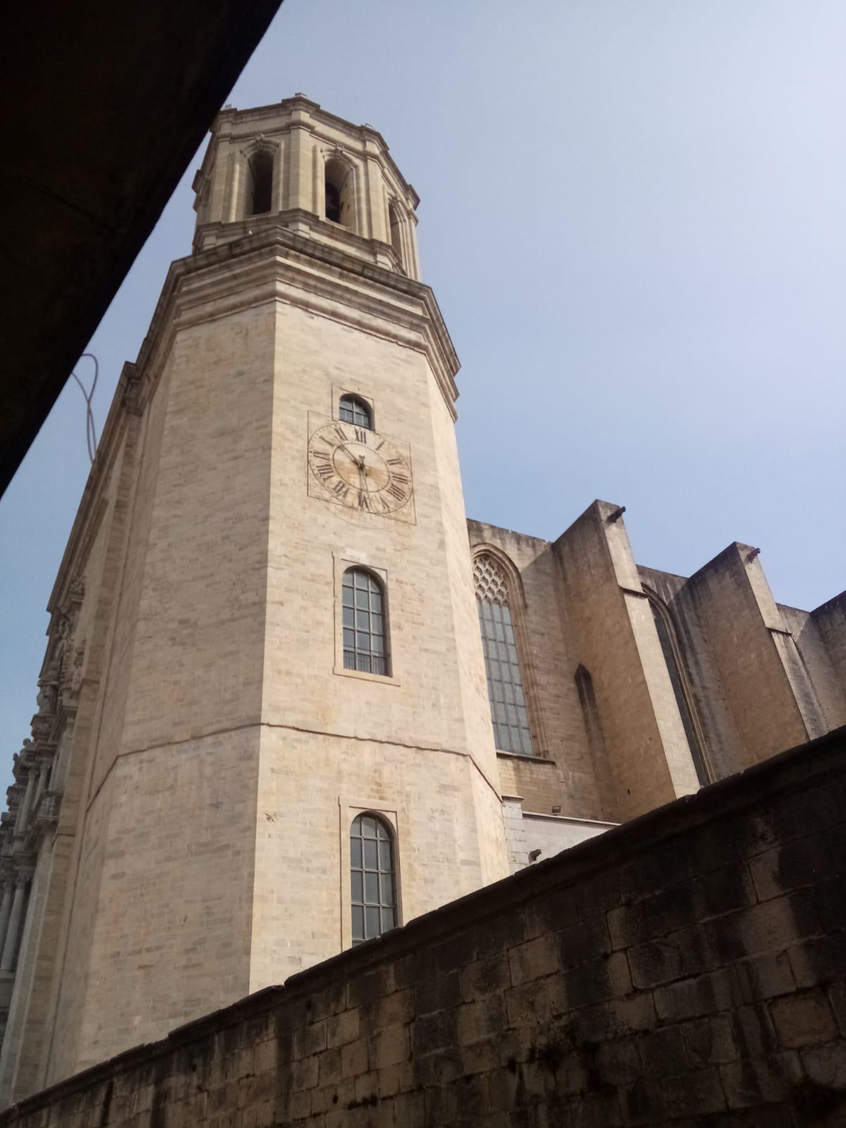Imagen 1 Piso en alquiler en Girona / Fantastic pis  al costat de la Catedral de Girona.