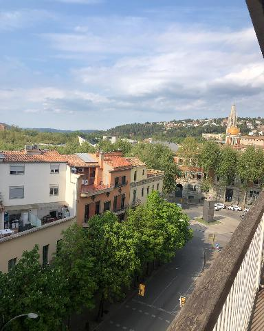 Imagen 1 Inmueble 249190 - Piso en venta en Girona / Pis de 111m2 molt centric a la Gran Via de Girona