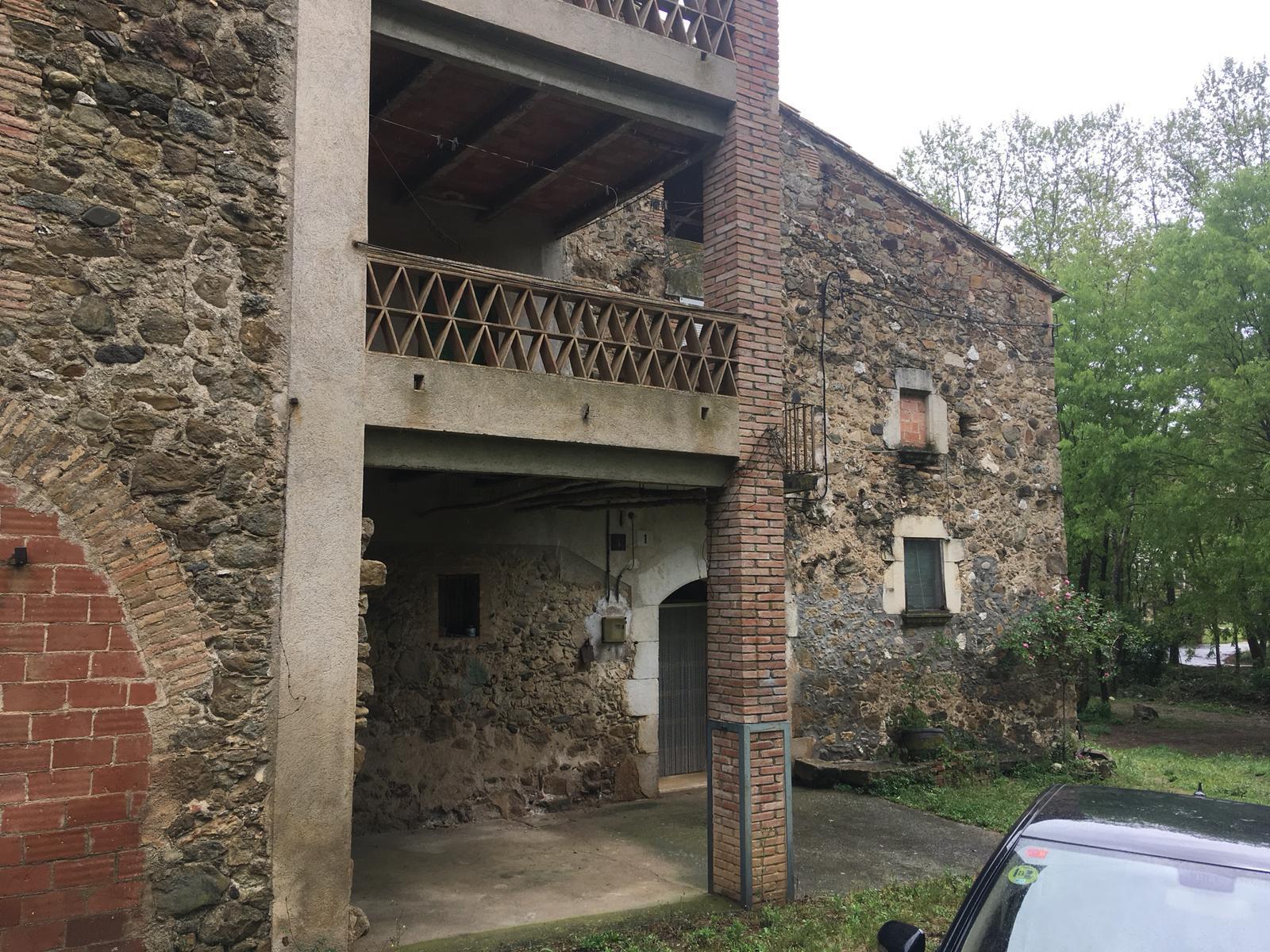Imagen 1 Casa Rústica en venta en Bordils / Masia restaurada al terme municipal de Bordils