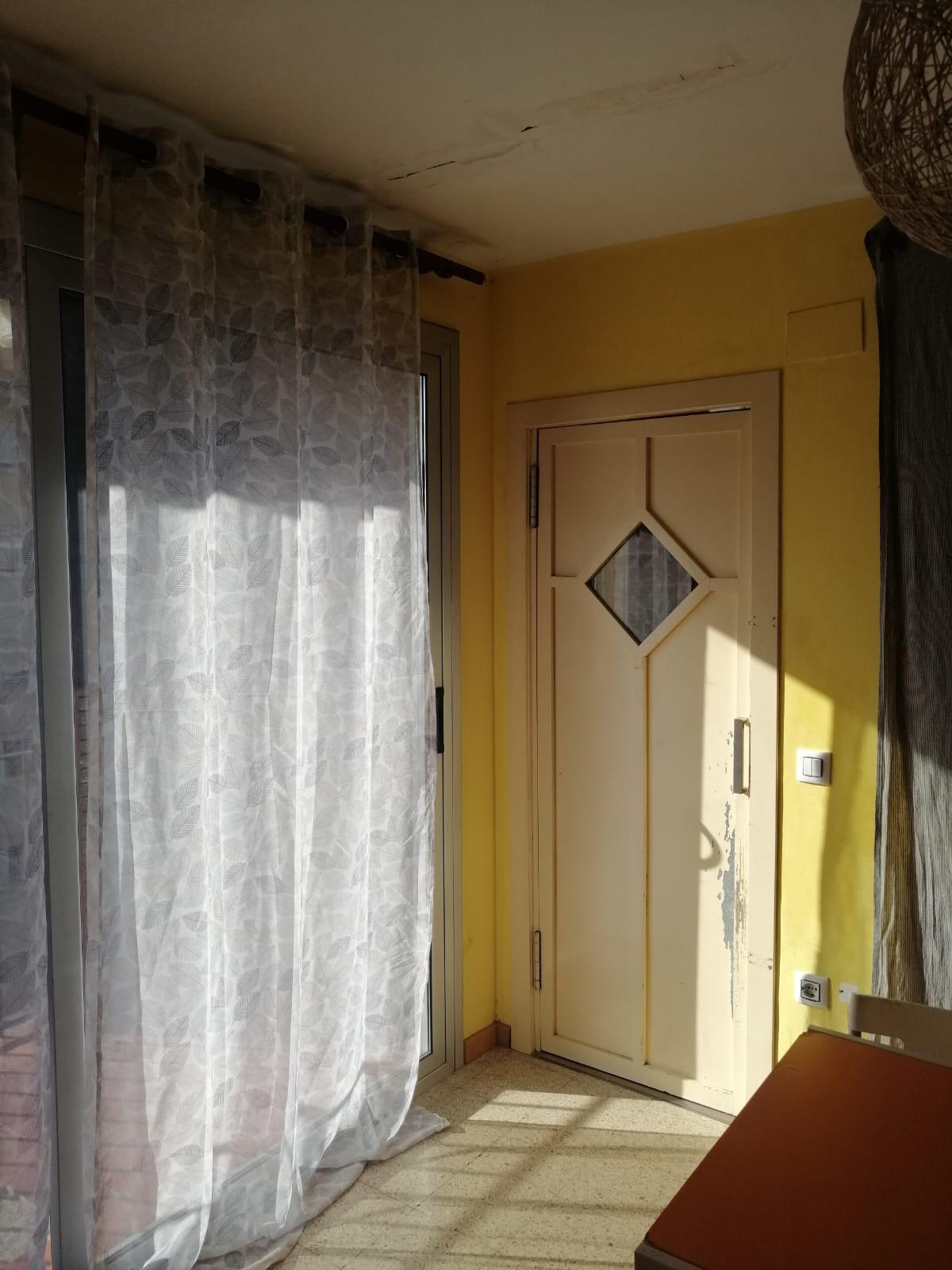 Imagen 3 Piso en venta en Girona / Pis al costat del Hipercor consta de 87m2 i 3h