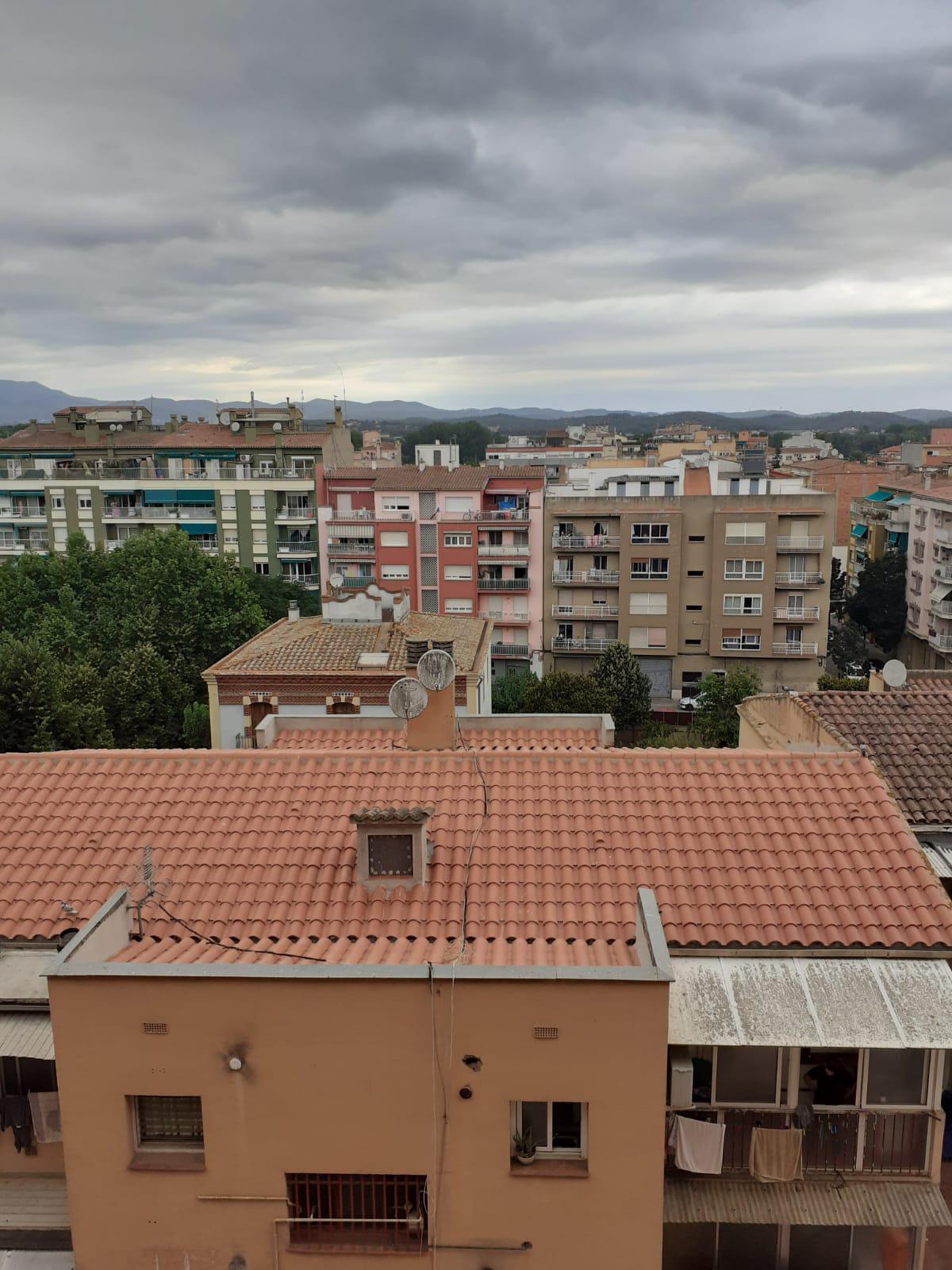 Imagen 3 Piso en venta en Girona / Pis de 83 m2 3 habitacions a l´inici de Paisos Catalans