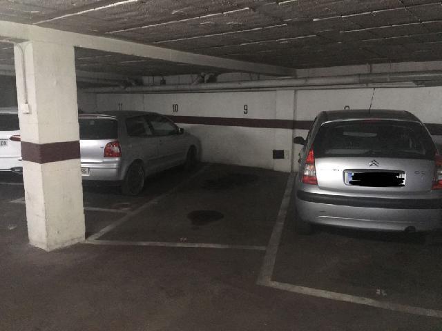 Imagen 1 Inmueble 254000 - Parking Coche en alquiler en Girona / Parking per a cotxe gran a Travesia de la Creu