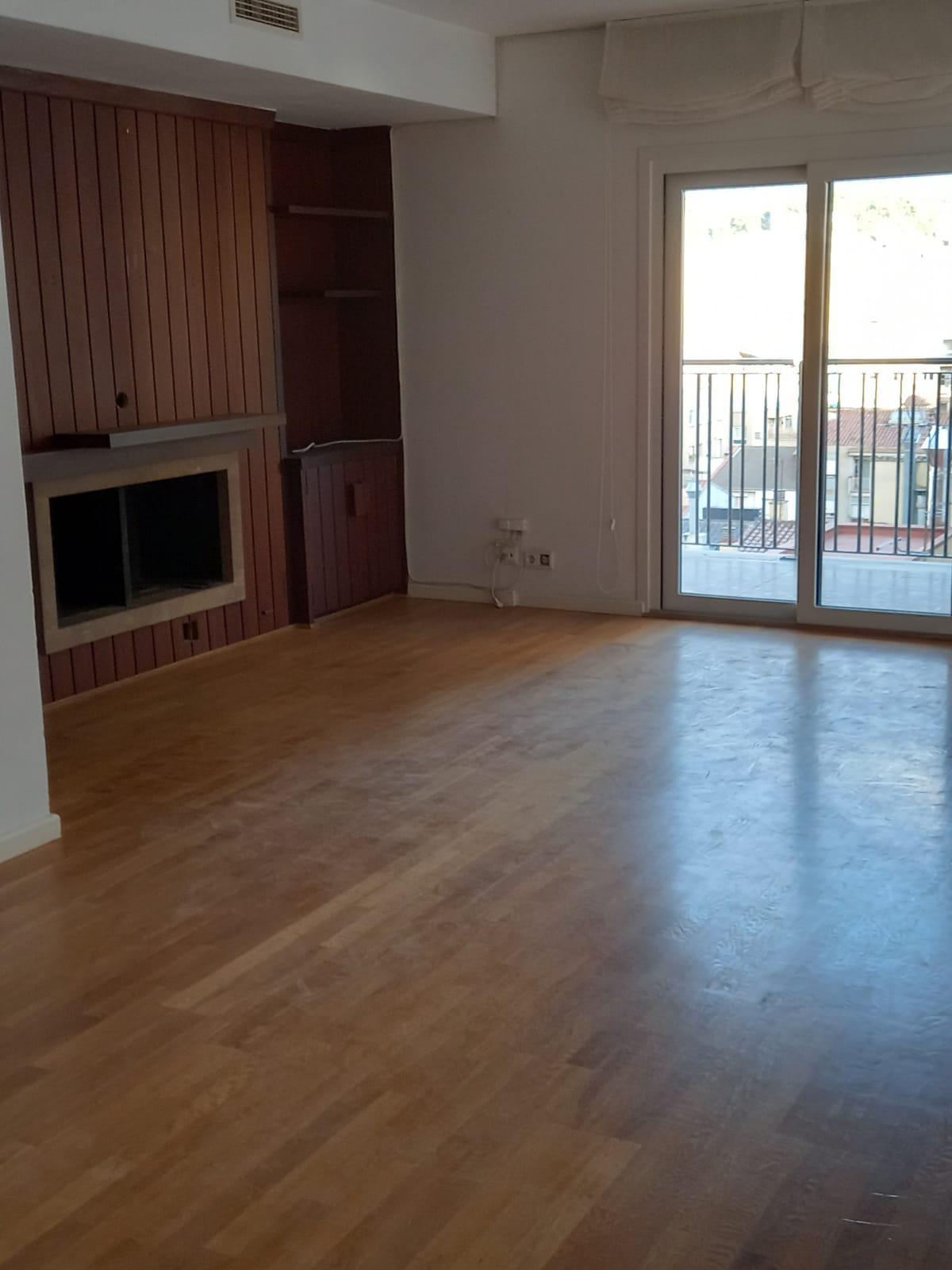Imagen 3 Piso en venta en Girona / Fantastic pis amb vistes de Girona a l´Eixample
