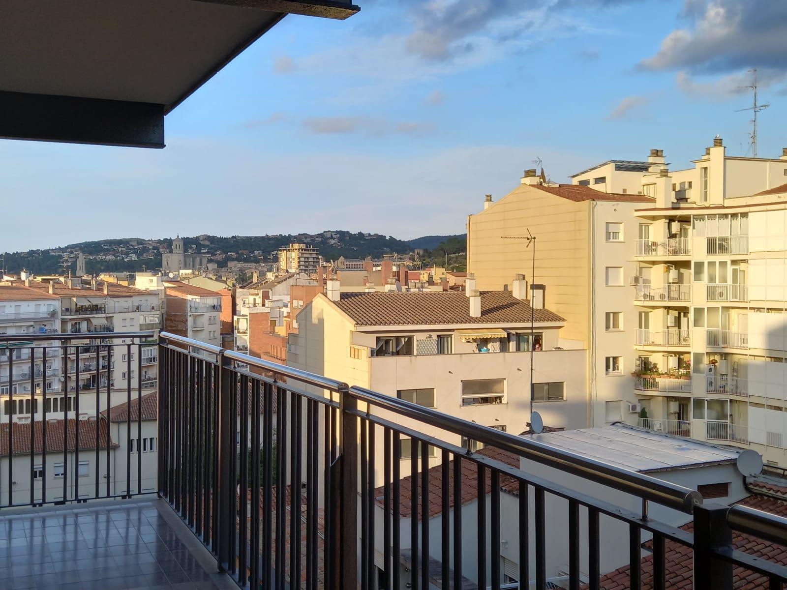 Imagen 1 Piso en venta en Girona / Fantastic pis amb vistes de Girona a l´Eixample