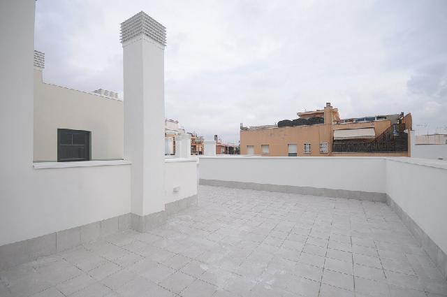 Imagen 1 Inmueble 227869 - Piso en venta en Hospitalet De Llobregat (L´) / Junto Centro Comercial Gran Via 2
