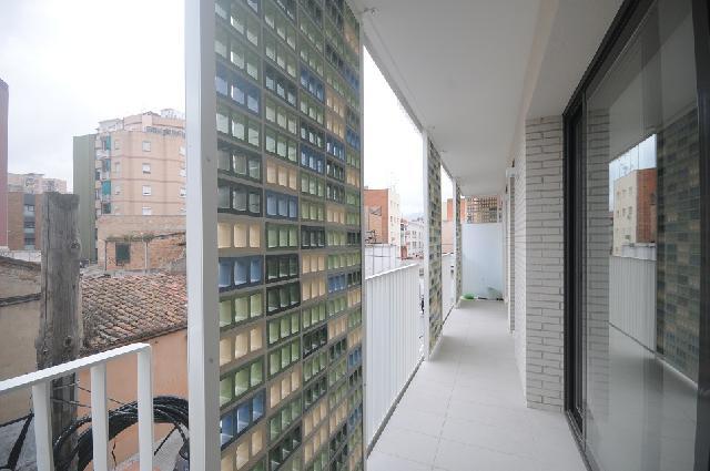 Imagen 1 Inmueble 228085 - Piso en venta en Hospitalet De Llobregat (L´) / Junto Centro Comercial Gran via 2