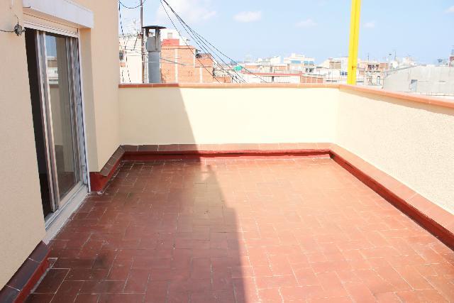 Imagen 1 Inmueble 240787 - Ático en venta en Hospitalet De Llobregat (L´) / Plaza. Espanyola - C/ Montseny