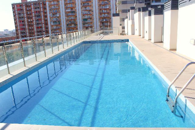 Imagen 1 Inmueble 245389 - Piso en alquiler en Hospitalet De Llobregat (L´) / Santa Eulalia - Plaza Unicef