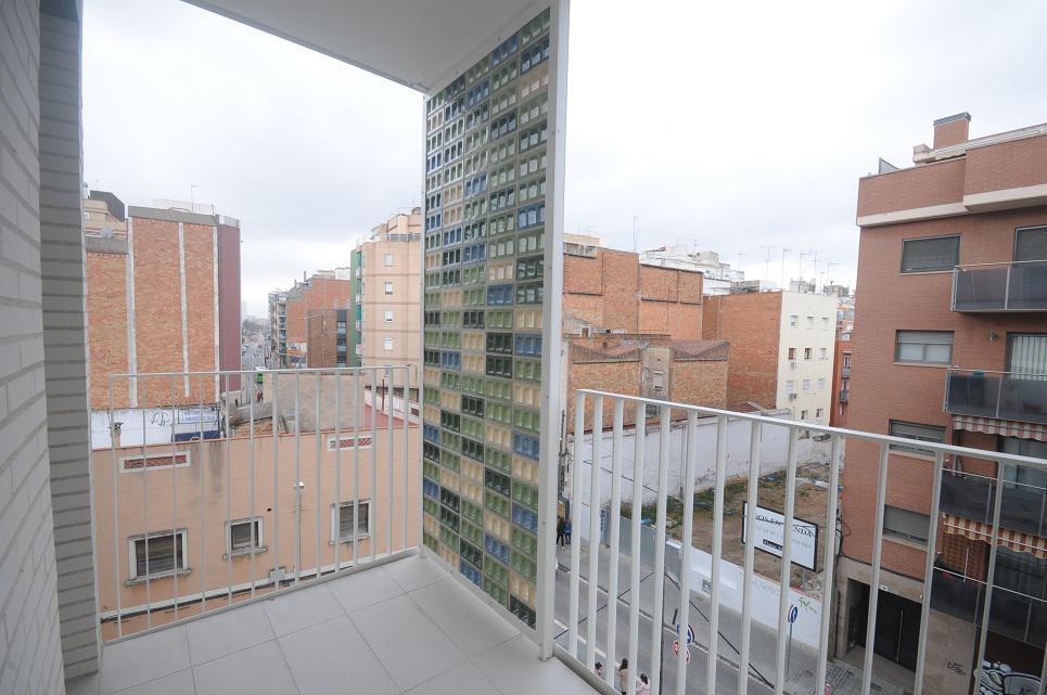 Imagen 2 Piso en venta en Hospitalet De Llobregat L´ / Junto Centro Comercial Gran via 2