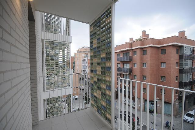 Imagen 1 Inmueble 246348 - Piso en venta en Hospitalet De Llobregat (L´) / Junto Centro Comercial Gran via 2