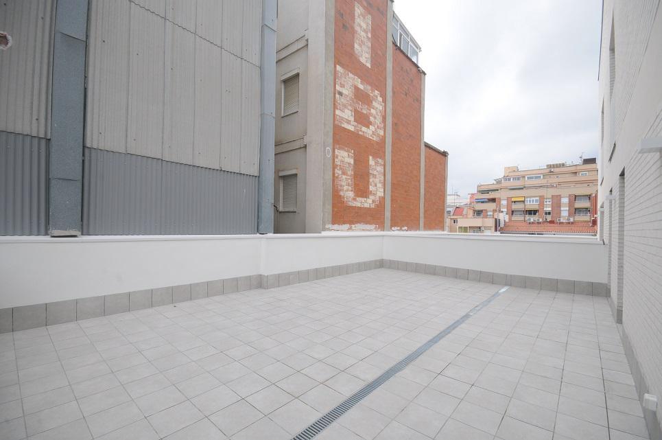 Imagen 1 Piso en venta en Hospitalet De Llobregat L´ / Junto Centro Comercial Gran via 2