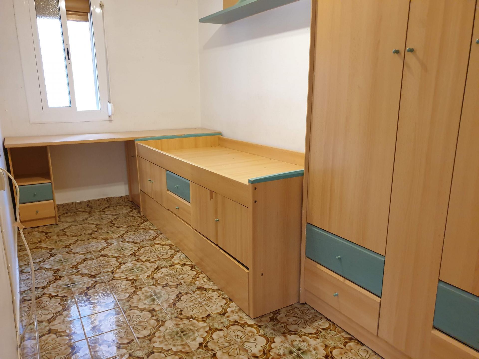 Imagen 2 Piso en venta en Hospitalet De Llobregat L´ / Junto Plaça Eivissa