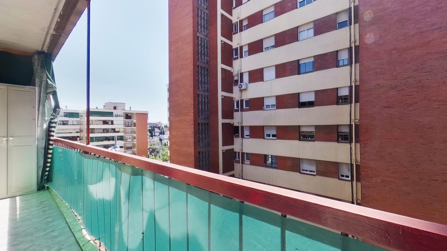 Imagen 4 Piso en venta en Hospitalet De Llobregat L´ / Metro Can Serra