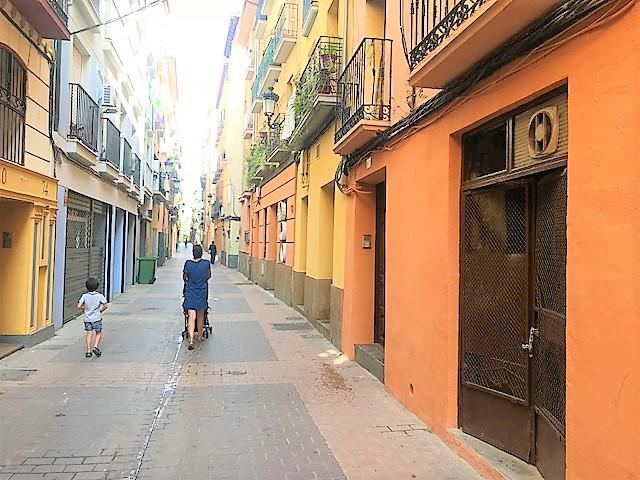 Imagen 1 Inmueble 127668 - Local Comercial en venta en Zaragoza / Junto a C/ Mayoral