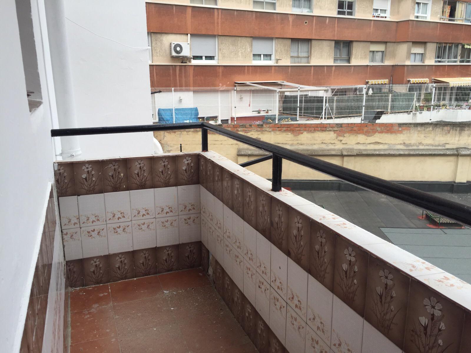 142085 - Junto a Plaza Roma