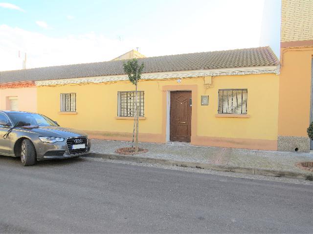 Imagen 1 Inmueble 196367 - Casa en venta en Joyosa (La) / En pueblo de La Joyosa