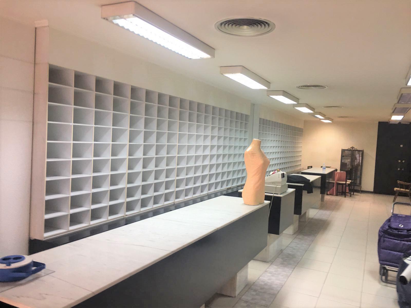 Imagen 4 Local Comercial en alquiler en Zaragoza / Junto a la zona de la universidad