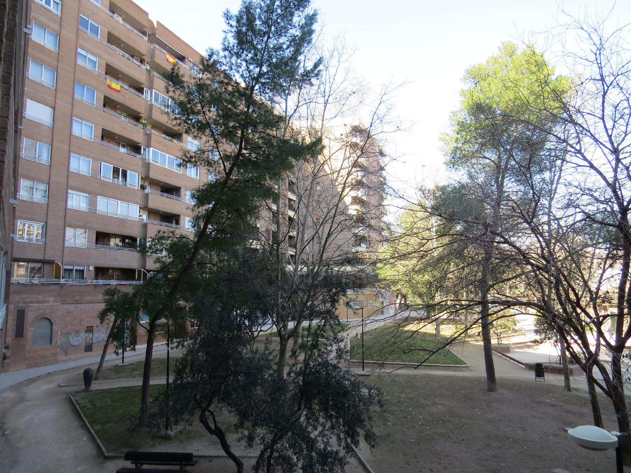 217581 - En Parque Miraflores