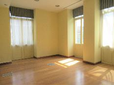 226243 - Oficina Comercial en alquiler en Zaragoza / En pleno centro