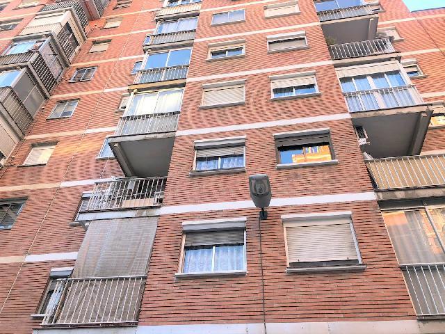 Imagen 1 Inmueble 237163 - Piso en venta en Zaragoza / Avda. San Juan de la Peña