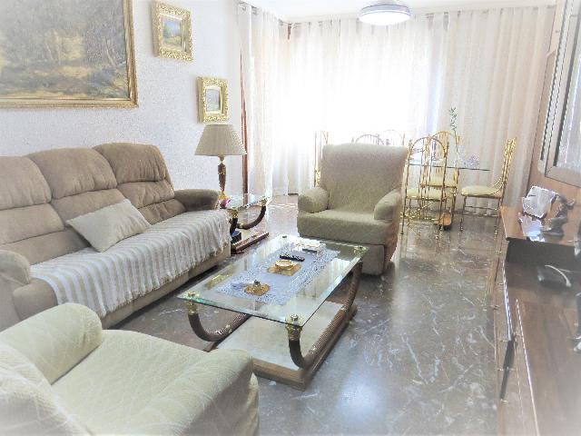 Imagen 1 Inmueble 239670 - Piso en venta en Zaragoza / Polígono Universidad