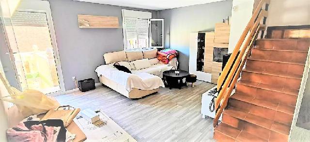 Imagen 1 Inmueble 243554 - Casa Pareada en venta en Muela (La) / Centro de La Muela