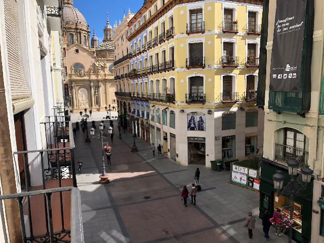 Imagen 1 Inmueble 248467 - Apartamento en alquiler en Zaragoza / En pleno Centro
