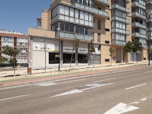 Imagen 1 Inmueble 250831 - Local Comercial en venta en Zaragoza / En la mejor zona de Valdespartera