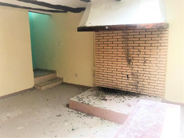 Imagen 1 Inmueble 252402 - Casa en venta en Gelsa / En el centro de Gelsa!!