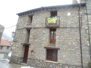 Imagen 1 Inmueble 107210 - Casa Rústica en venta en Valle De Hecho / Val d´Echo