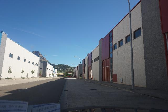 Imagen 1 Inmueble 126210 - Local Industrial en venta en Jaca / Los llanos de la Victoria