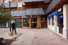128030 - Local Comercial en venta en Jaca / Local c�ntrico acondicionado como cafeter�a.