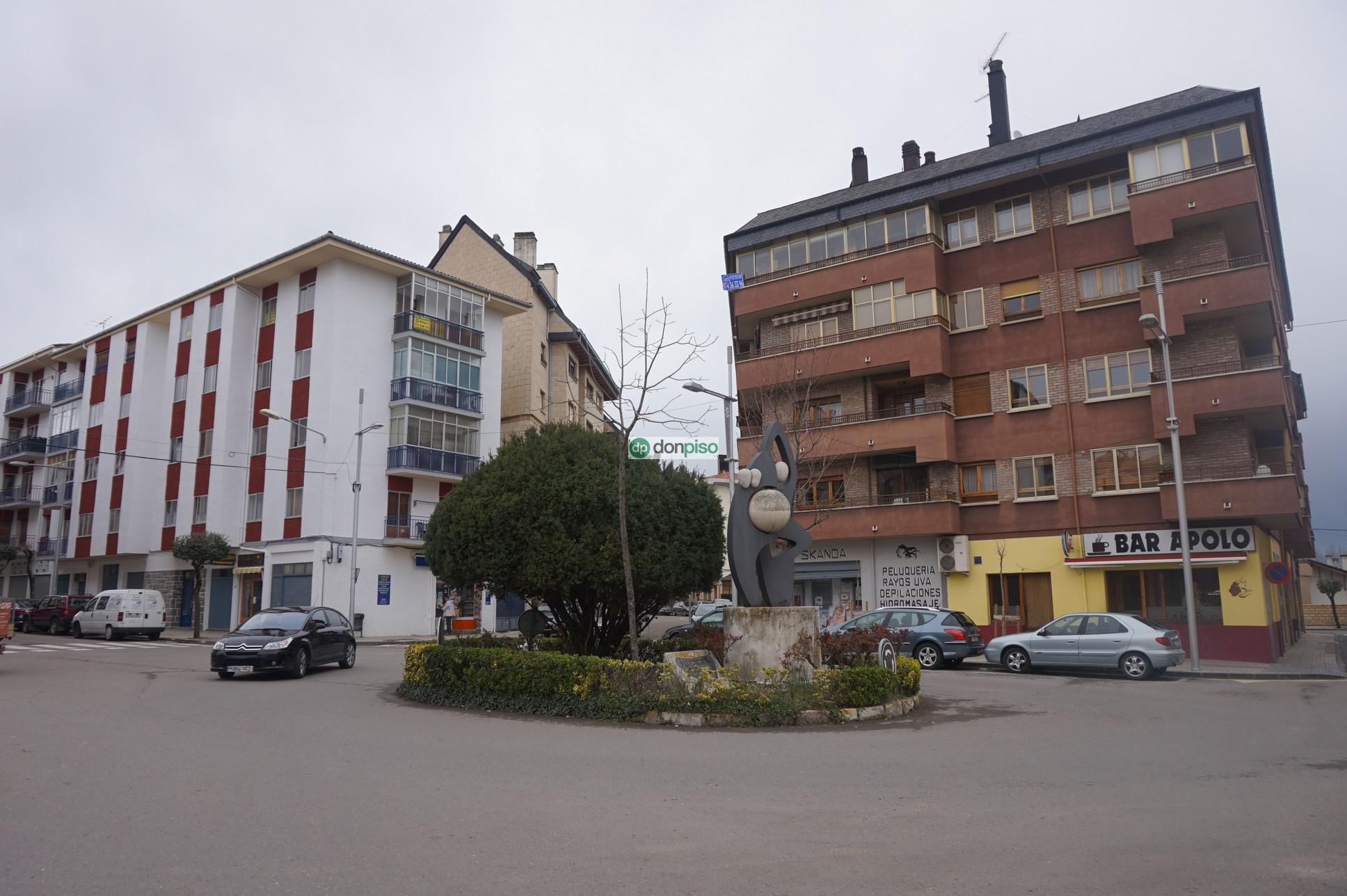 153335 - Junto a la plaza Biscós