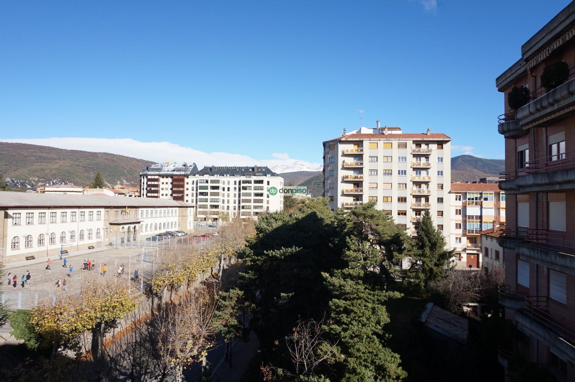 170977 - Jaca. Centro. Instituto Domingo Miral