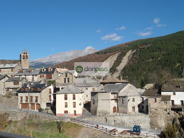 Imagen 1 Inmueble 214454 - Piso en venta en Castiello De Jaca / Junto al Ayuntamiento de Castiello