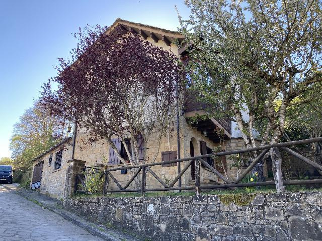 Imagen 1 Inmueble 218925 - Casa en venta en Santa Cruz De La Serós / Chalet Independiente con jardín