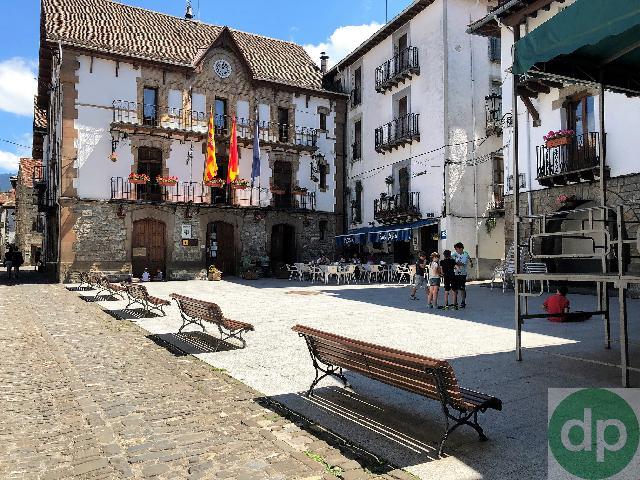 Imagen 1 Inmueble 226980 - Casa en venta en Ansó / Ansó. Junto al Ayuntamiento