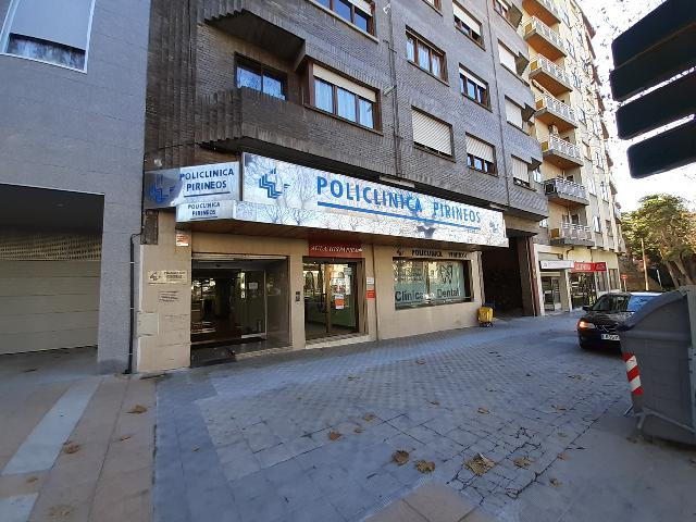 Imagen 1 Inmueble 238266 - Local Comercial en venta en Jaca / Avenida Regimiento de Galicia
