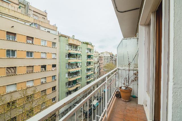 Imagen 1 Inmueble 245286 - Piso en venta en Barcelona / Junto calle Padilla
