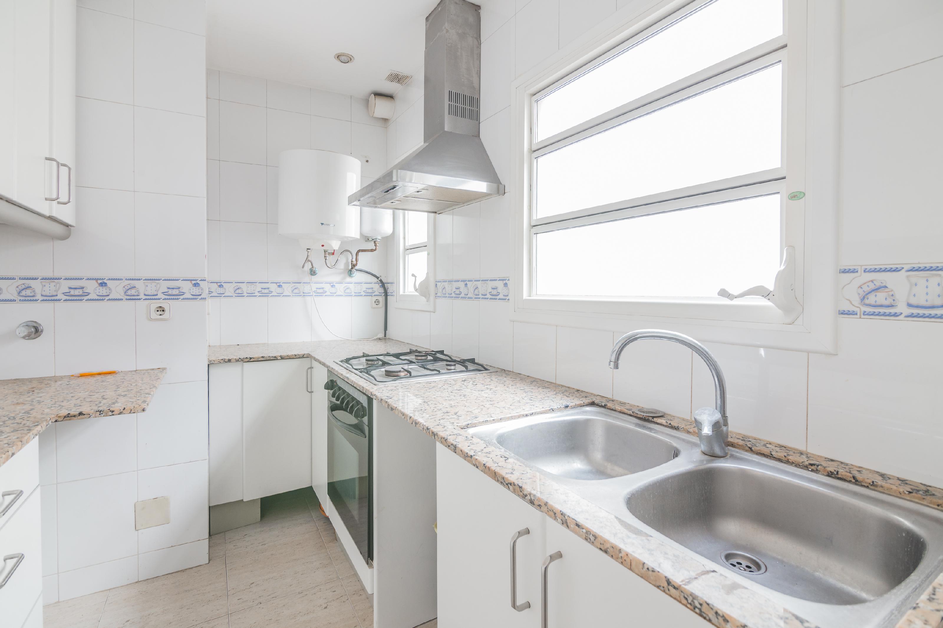 Imagen 4 Apartamento en venta en Barcelona / Passeig de Colóm - Rambles