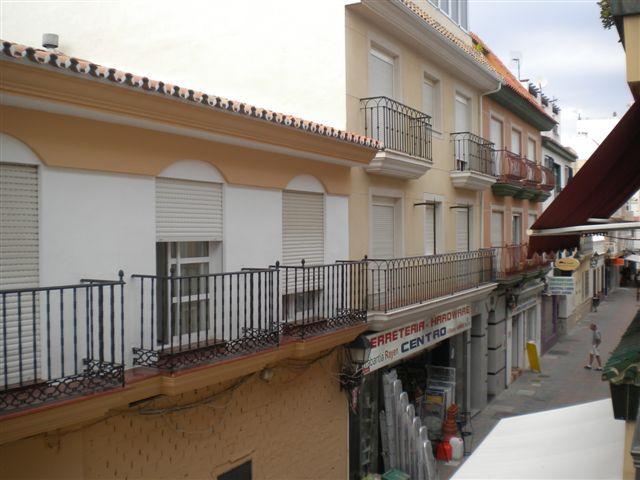 09531 - Plaza constitución