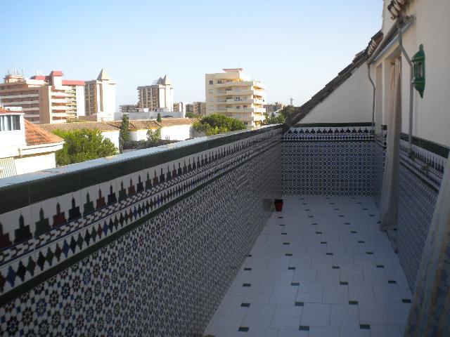 28593 - Centro de Fuengirola, junto al Ayuntamiento