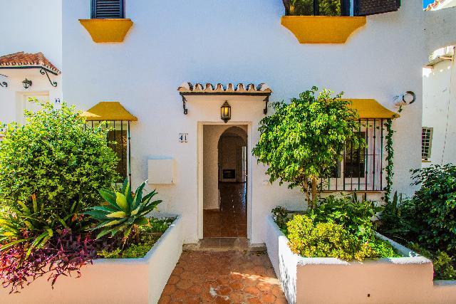 Imagen 1 Inmueble 87097 - Casa Adosada en alquiler en Mijas / Las Lomas del Coto