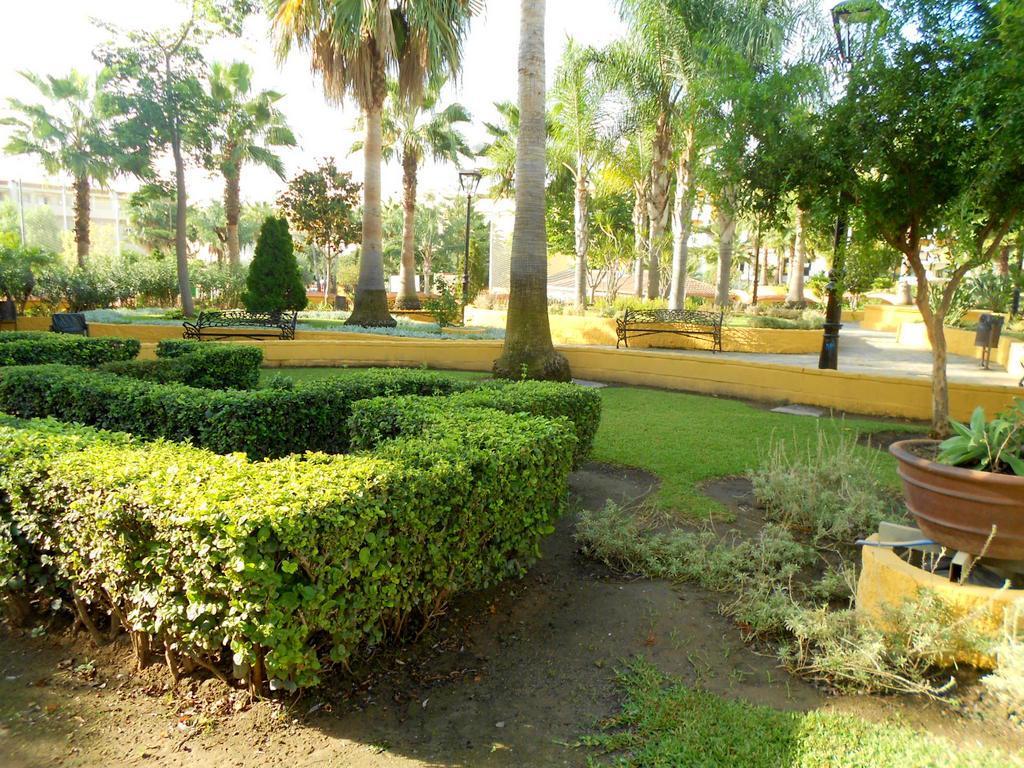 126421 - Las Lagunas, cerca del teatro