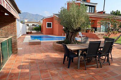 Imagen 1 Inmueble 142403 - Casa Aislada en venta en Fuengirola / Zona Crta. Mijas Pueblo, Urb. Haza del Algarrobo