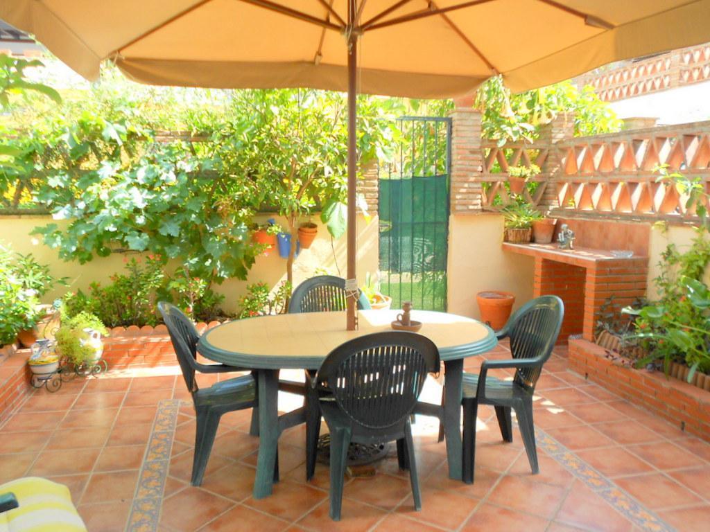 164728 - La Sierrezuela, residencial con jardines y piscina.