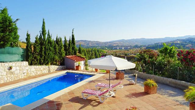 Imagen 1 Inmueble 211848 - Casa Aislada en venta en Mijas / Urbanizacion el Hornillo Campo mijas