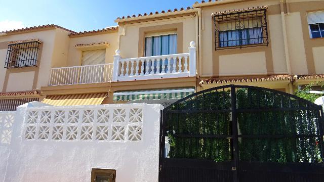 Imagen 1 Inmueble 214403 - Casa Adosada en venta en Torremolinos / Playa de los Alamos,Malaga,Torremolinos