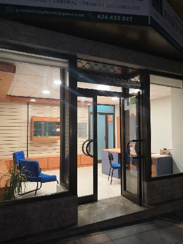 Imagen 1 Inmueble 233863 - Local Comercial en venta en Mijas / Al lado del Parque de Andalucía.