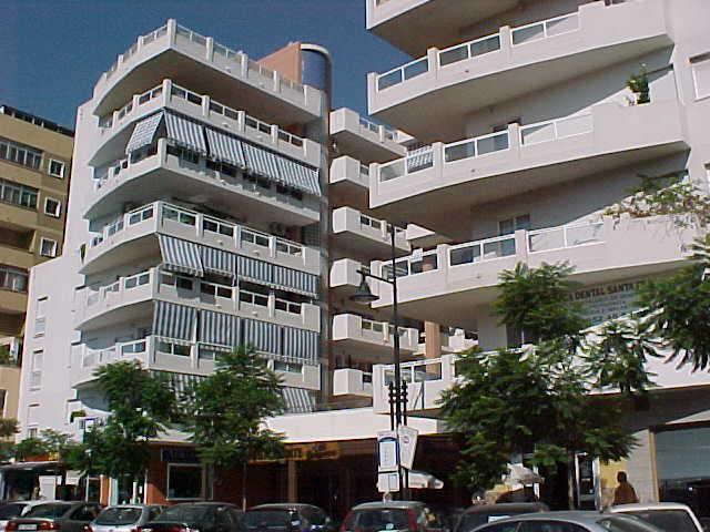 Imagen 1 Inmueble 242452 - Parking Coche en venta en Fuengirola / Edificio Detelina en los Boliches